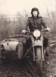 Я Ищу: Дмитриев Виктор 1952 г.р.